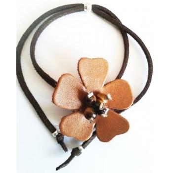 Bracelet Fleur cuir caramel, lien suédine marron