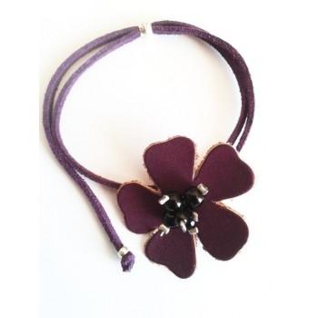 Braelet fleur cuir violet, lien suédine violet