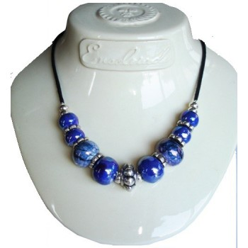Collier perle céramique bleu azur