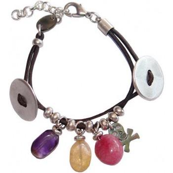 Bracelet élastique et pierre fine, tête de mort en nacre
