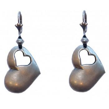 Boucles d'oreilles avec doubles coeurs en métal argenté